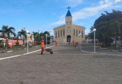 DOM MACEDO COSTA; Equipe de Limpeza promove força tarefa, para Celebrar a Festa do Padroeiro.