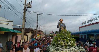 DOM MACEDO COSTA: Dia de São Roque é comemorado com muita festa e devoção na última sexta-feira (16).