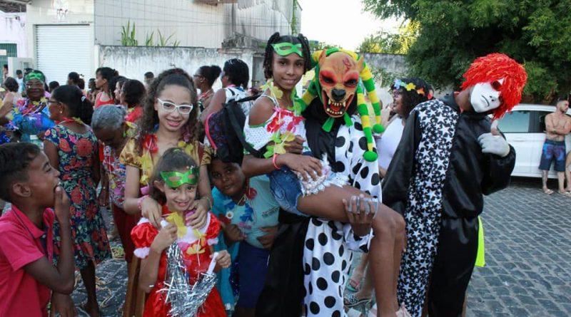 SÃO FELIPE: Prefeitura e Secretaria de Assistência Social realiza Carnaval da Assistência