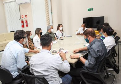 SAJ: gestão municipal se reúne com representantes de empresa licitada para atualização de PDDU.